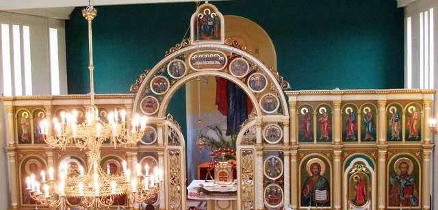 Olsztyn: cerkiew greckokatolicka Pokrowy (Opieki) Matki Bożej - full image