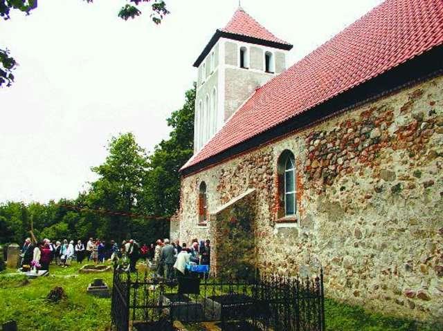 Glaznoty: wieś pod Dylewską Górą - full image