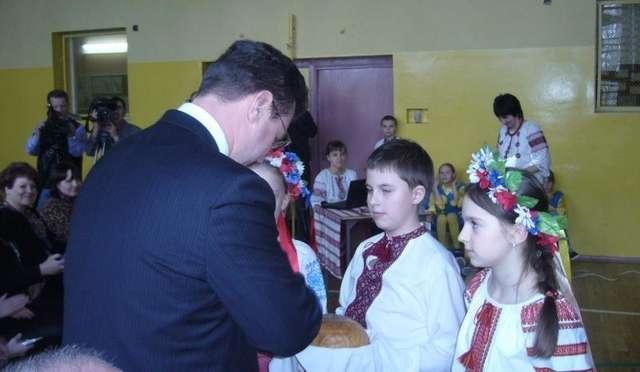 Dziennikarze z Ukrainy z wizytą w ukraińskiej szkole  - full image