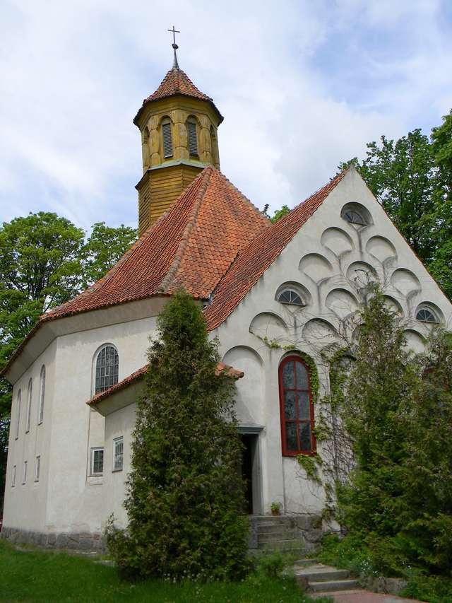 Pozezdrze: kościół św. Stanisława Kostki - full image