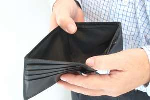 Absolwenci UWM zarabiają prawie najgorzej w kraju. Dlaczego?