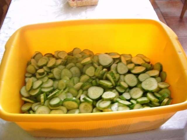 Ogórki w kuchni Pani Hani - full image