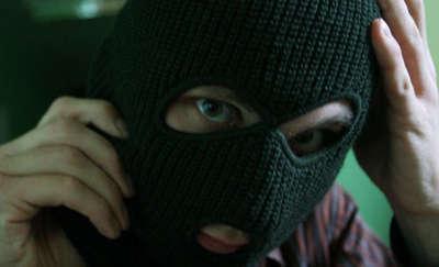 33-latek z Olsztyna zatrzymany. W aucie miał łom i kominiarkę