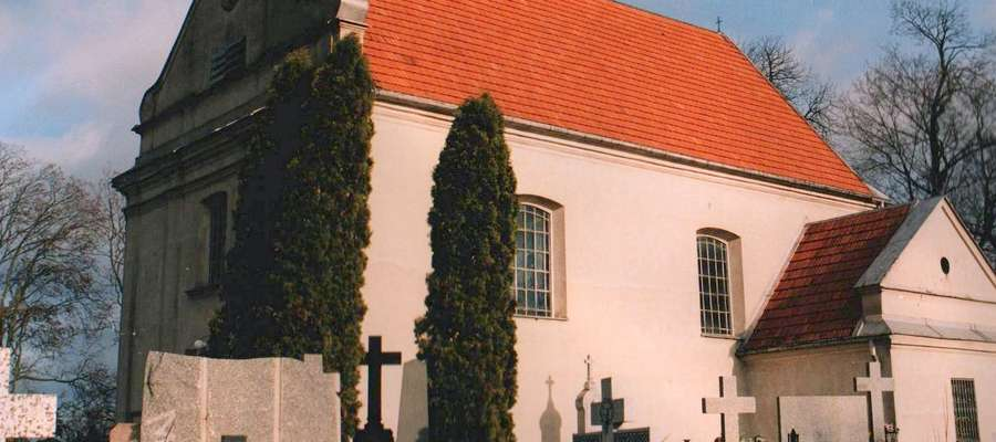 Cmentarz i kościół pw. św. Wawrzyńca od strony południowej