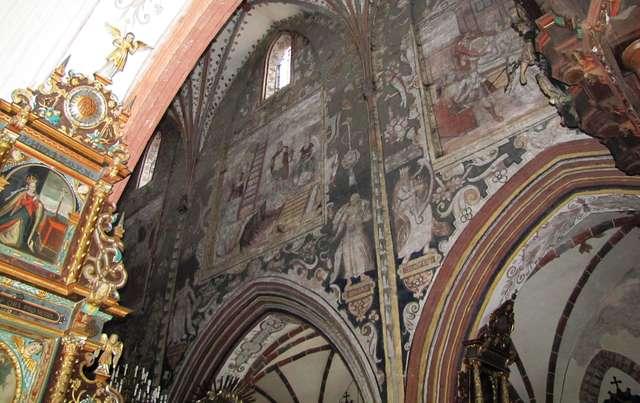 Nowe Miasto Lubawskie: kościół św. Tomasza - full image