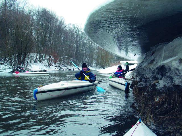 Zimowe spływy na Mazurach - full image