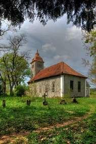Kościół z 1753 roku w Kurkach