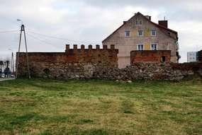 Średniowieczne mury obronne w Sępopolu