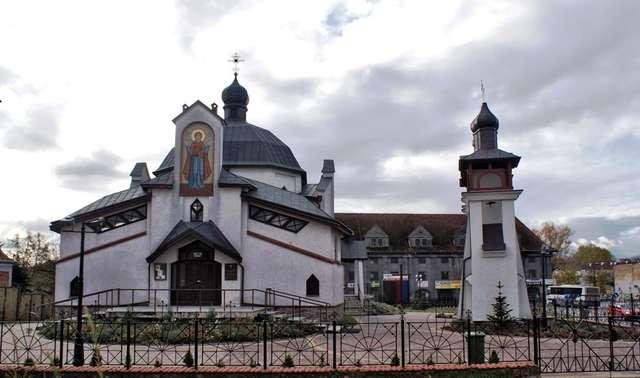 Kętrzyn: cerkiew greckokatolicka św, Bazylego Wielkiego - full image
