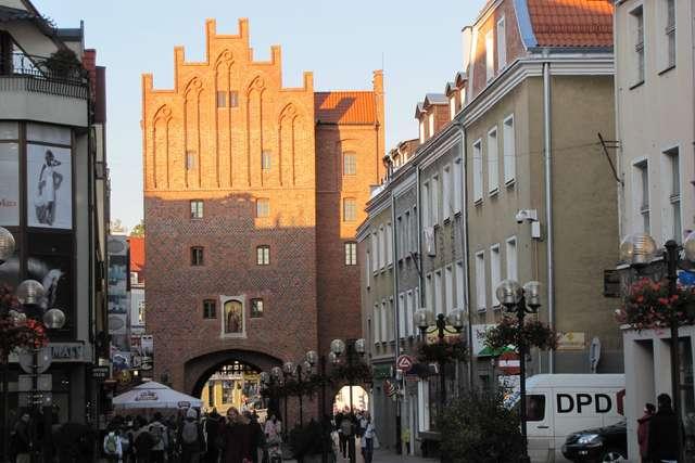 Olsztyn: Wysoka Brama z XIV wieku - full image