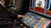 Okradli automat do gry, by mieć na... alkohol i dalszy hazard