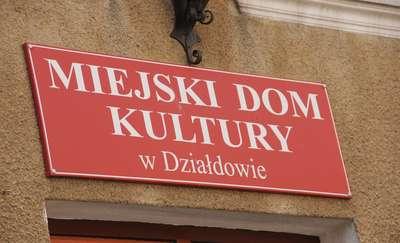 Zwariowany Komisariat w MDK w Działdowie. Zapraszamy na spektakl