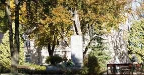 Pomnik Jana Pawła II w Mrągowie