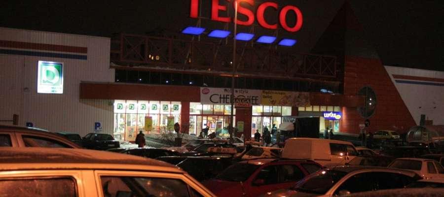Hipermarket Tesco przy ul. Pstrowskiego jest już zamknięty
