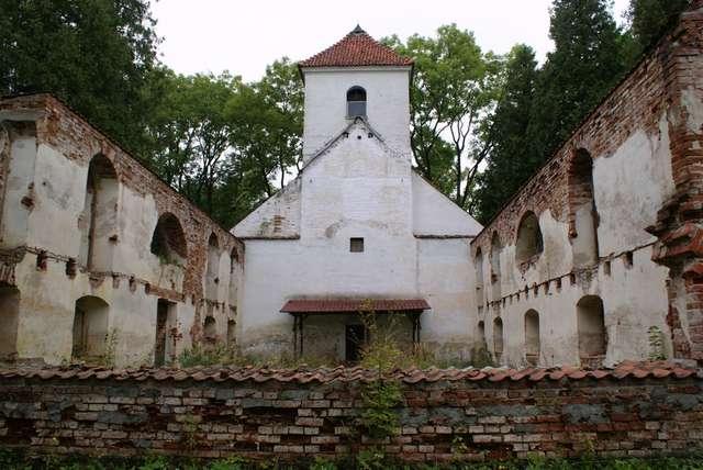 Kobułty: kościół ewangelicki z 1823 roku. - full image