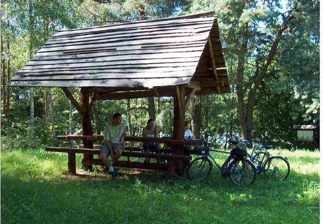 Ścieżka piesza i rowerowa: Jezioro Marksoby - full image