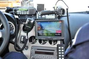 Policja dokonuje nieprawidłowych pomiarów prędkości? Kierowcy są oburzeni
