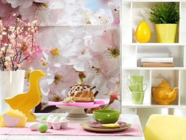 Przy dekorowaniu wielkanocnego stołu postawmy na pełną umiaru prostotę i unikajmy przesytu - full image