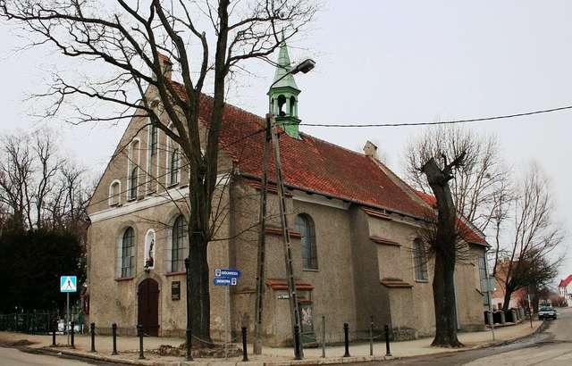 Pieniężno: cerkiew św. Michała Archanioła - full image