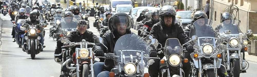 XII Tabunada w Olsztynie. Pokazy i wspaniałe motocykle na paradzie ulicami miasta!