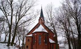 Kościół z 1899 roku w Karolewie