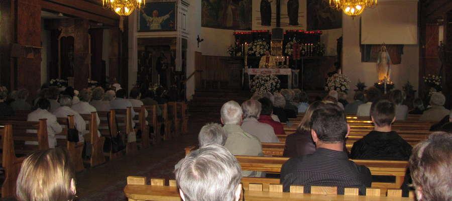 Wierni modlili modlili się w kościele św. Antoniego w sobotę 30 kwietnia