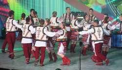 Festiwal Kultury Ukraińskiej w Koszalinie: tańczą młodzi Ukraińcy