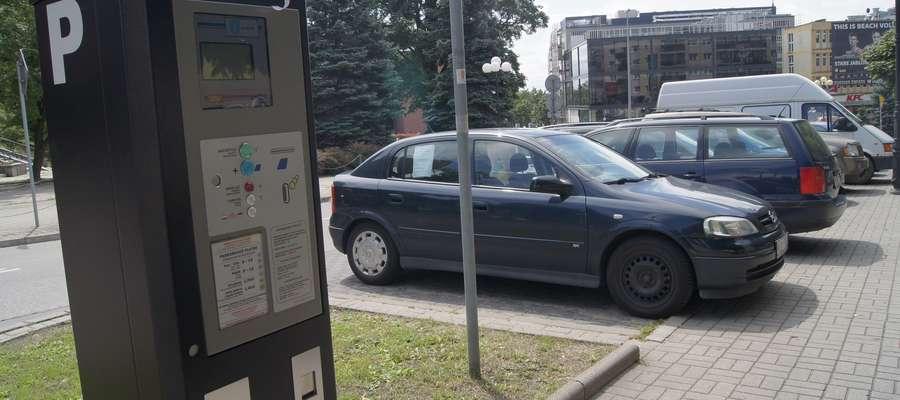Miejsca w strefie parkowania muszą być odpowiednio oznakowane