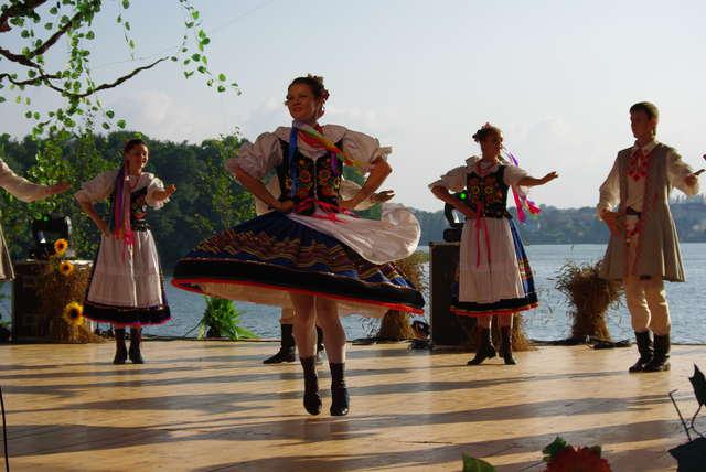 Koncert galowy 17. Festiwalu Kultury Kresowej rozpocznie się o godzinie 17. w sobotę w mrągowskim amfiteatrze - full image