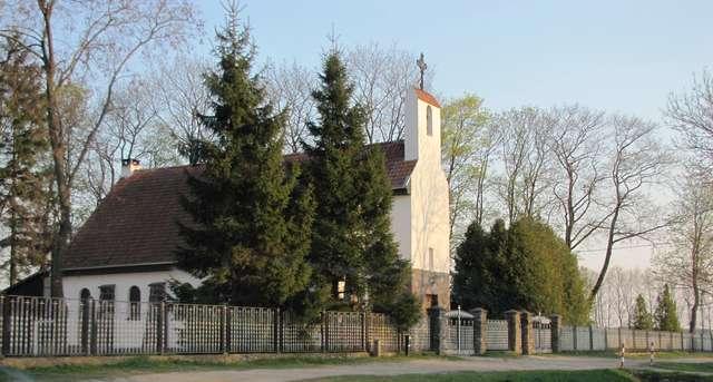 Wilkowo: kościół z XIX wieku - full image