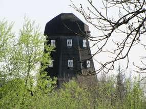 Wiatrak holenderski w Sterławkach Małych