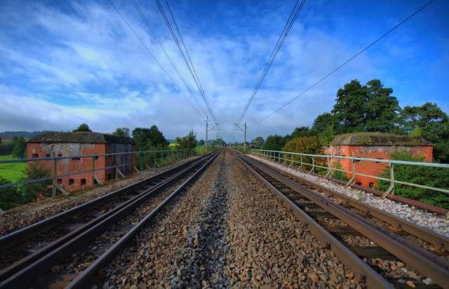 Biesal - Tomaryny: bunkry ochrony kolei - full image
