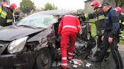 Toyota wjechała pod kamaza. Kobieta zmarła w szpitalu