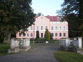 Pałac w Kwitajnach z XVIII wieku
