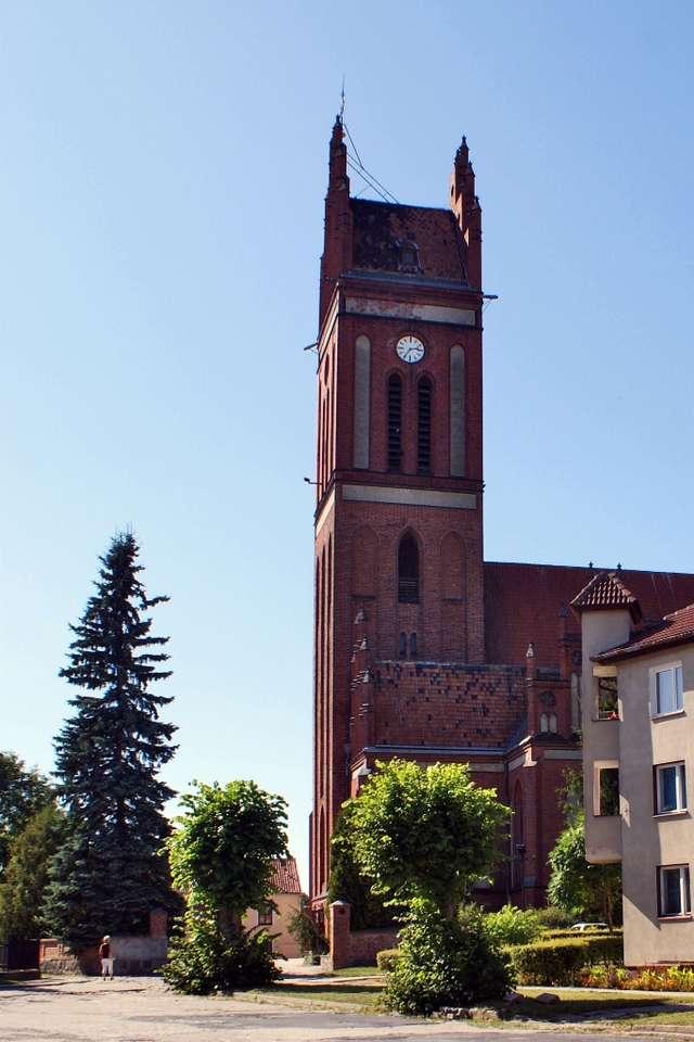 Pieniężno: Kościół pw. św. Apostołów Piotra i Pawła - full image