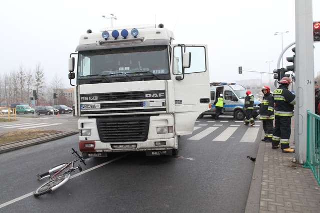 Burza po śmierci rowerzystki. Mieszkańcy chcą zmian - full image