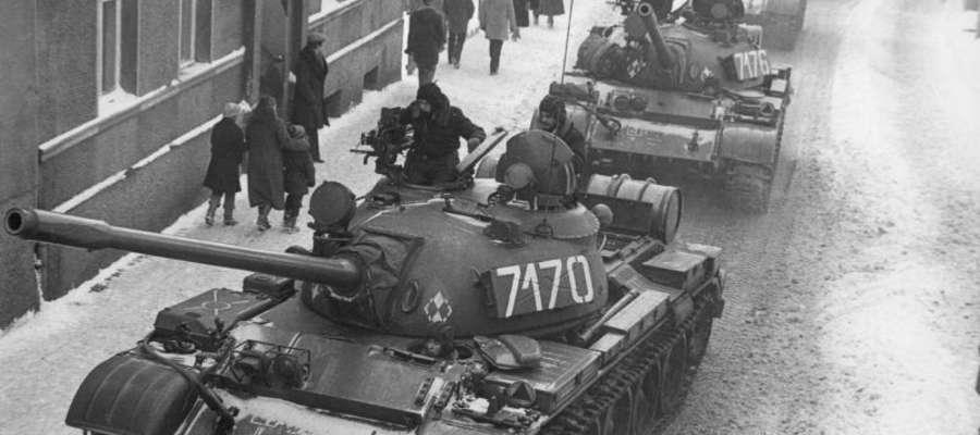 Czołgi T-55 podczas stanu wojennego