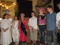 Jasełka przygotowały wychowawczynie i uczniowie ze szkoły w Żurawcu