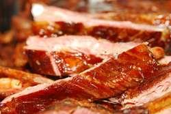Piątkowa wstrzemięźliwość od pokarmów mięsnych jest tak naprawdę dużą pomocą dla nas w ciągłej pracy nad sobą.