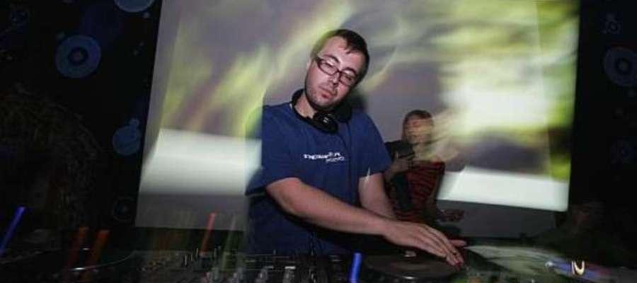 DJ Adamus będzie gwiazdą tegorocznego Barciany Disco Dance Party