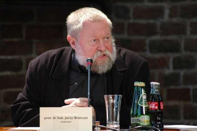 Jerzy Bralczyk będzie gościł na Warmii i Mazurach - full image