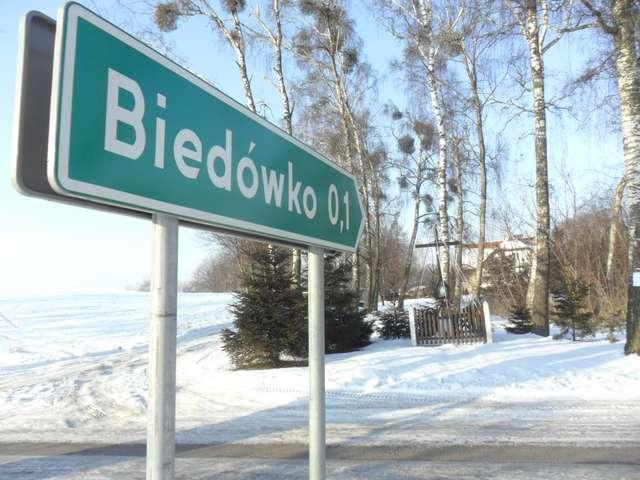 Czy w Biedówku żyje się biednie? - full image