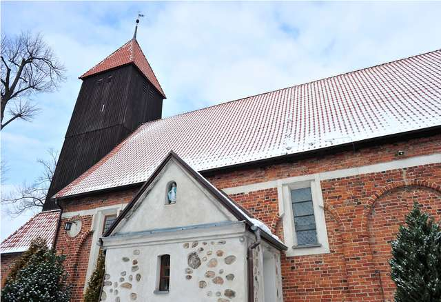 Kościół w Gutkowie jest jednym z najstarszych w Olsztynie - full image