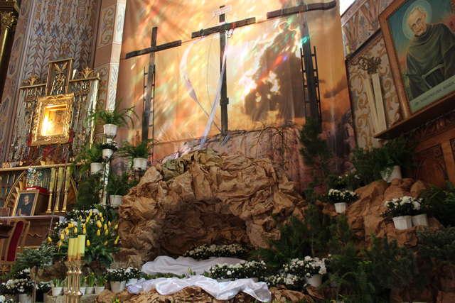 Wielki Piątek w Kościele Katolickim - full image
