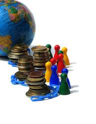 Umiejętność współpracy w grupie i wiedza pomagają utrzymać się w pracy lub znaleźć nową
