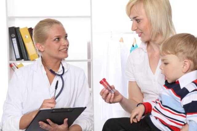Polacy coraz rzadziej rezygnują z pomocy lekarskiej - full image