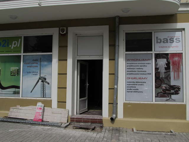 W tym remontowanym lokalu będzie miał siedzibę olsztyński oddział rosyjskiego Centrum Wizowego w Warszawie - full image