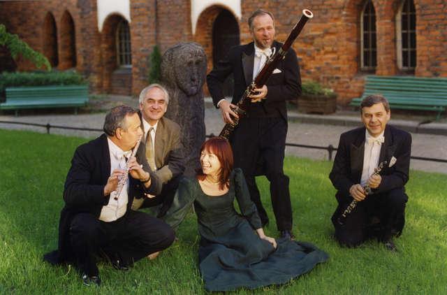 Pro Musica Antiqua - full image