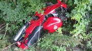 Śmiertelny wypadek pod Ełkiem. Motocyklista uderzył w drzewo