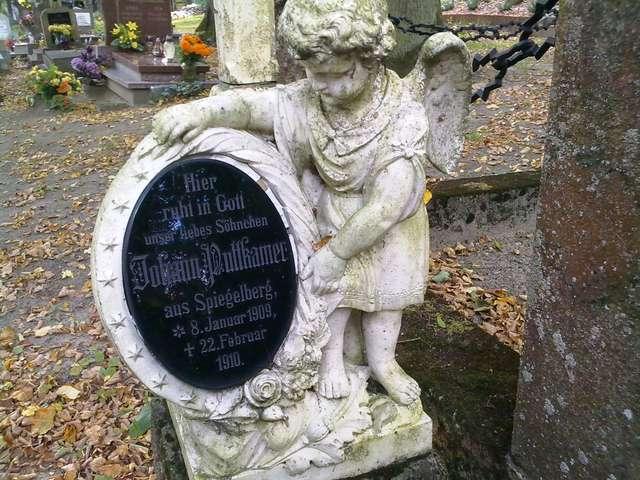 Brąswałd: stary cmentarz warmiński - full image